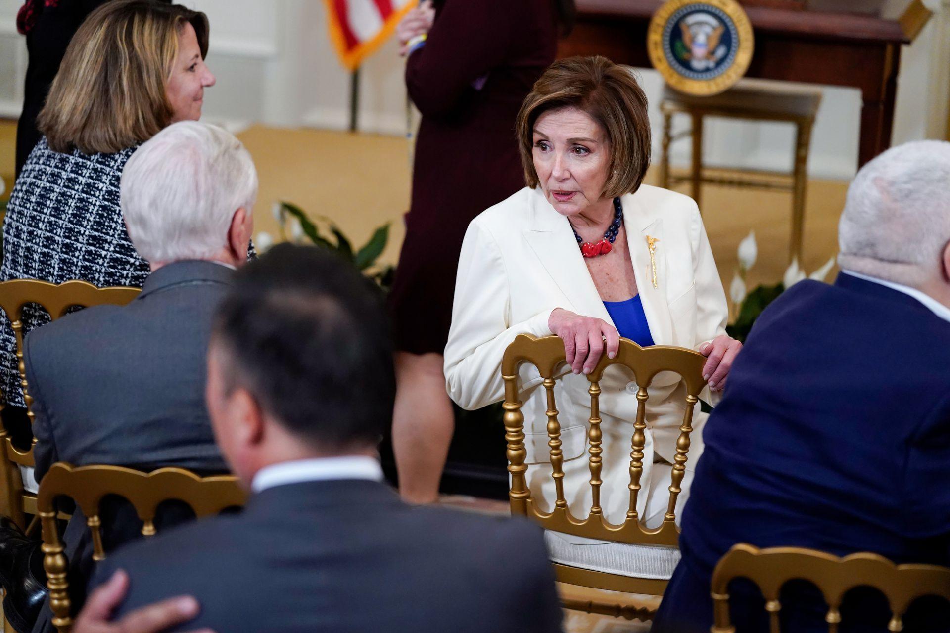 傳美國眾議院議長Pelosi及其高級發言人等確診新冠
