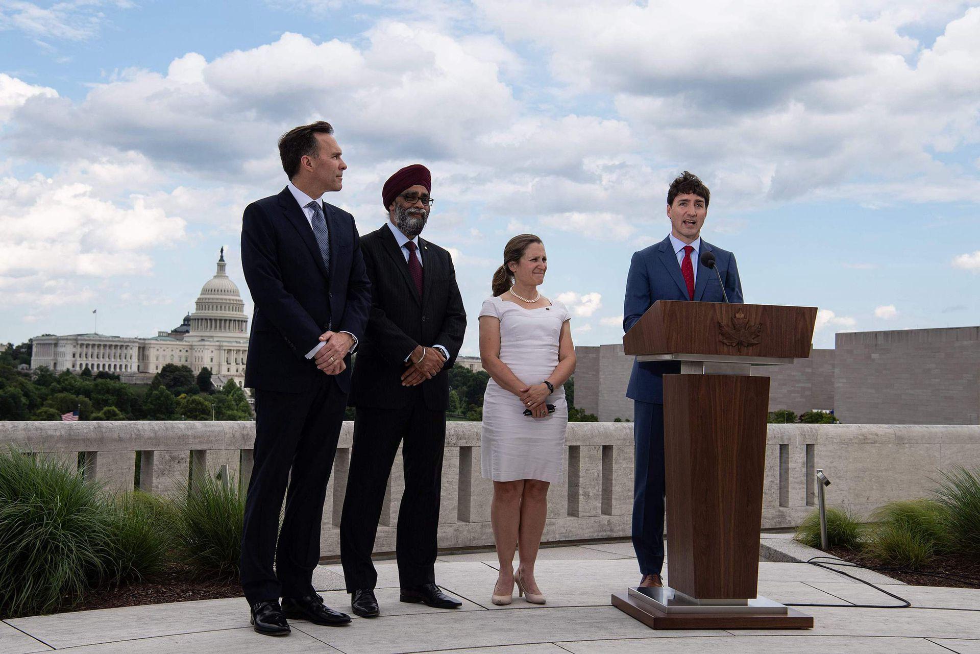 2019年6月20日,加拿大总理特鲁多访问美国,在加拿大驻美国大使馆召开新闻发布会。(Reuters)