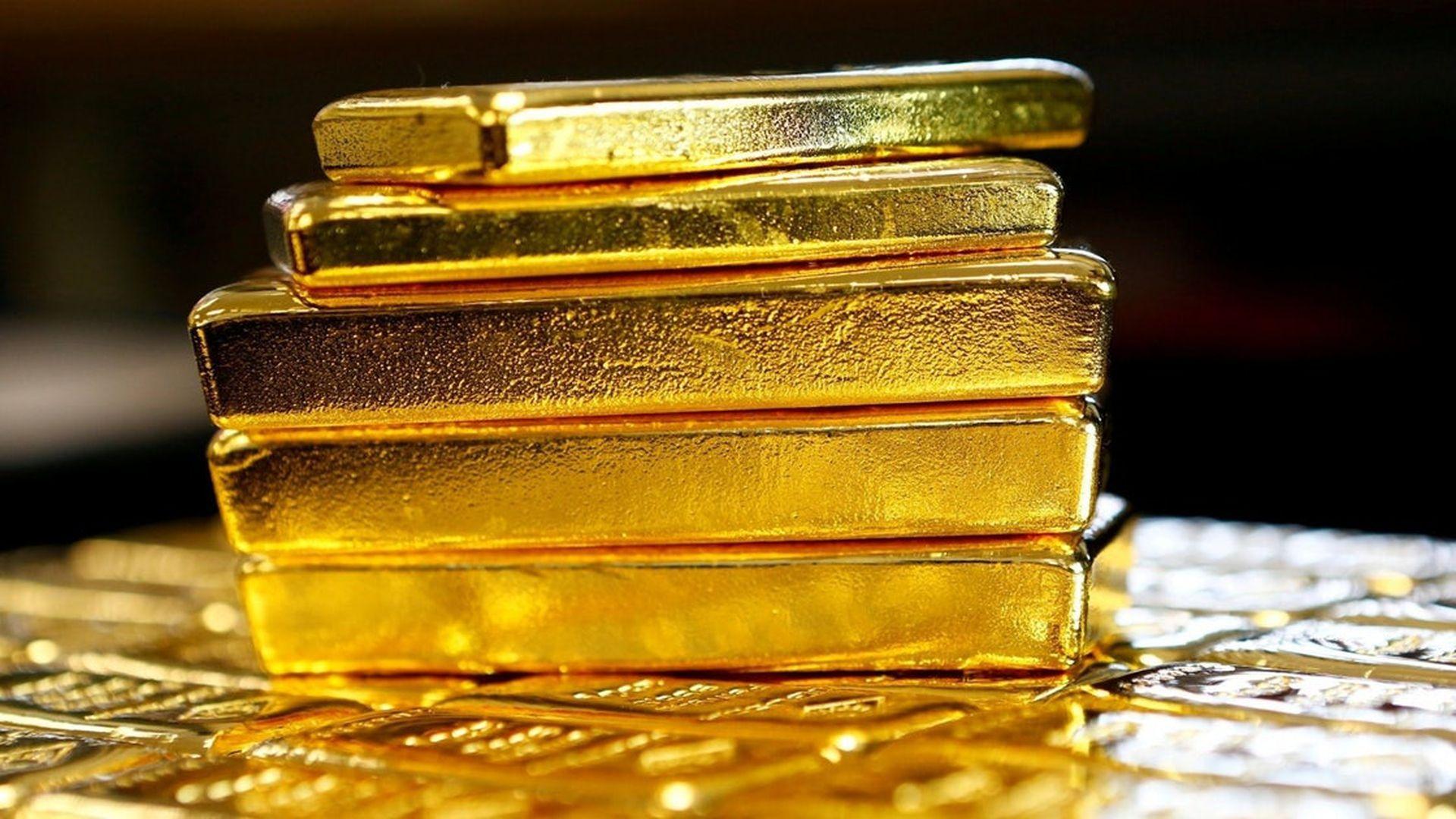 史上最大放水,與印鈔機搶跑,貨幣之王將迎「黃金時代」?